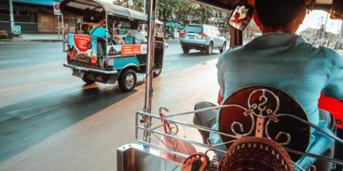 Tuk Tuk fahren auf Thailand Reiseroute