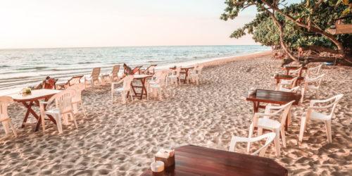 Günstiges Strandrestaurant auf Koh Chang